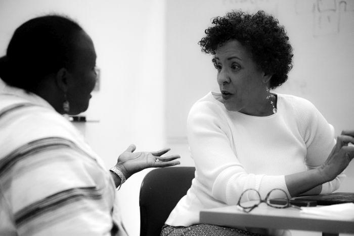 Gabrielle Foreman mentors a colleague