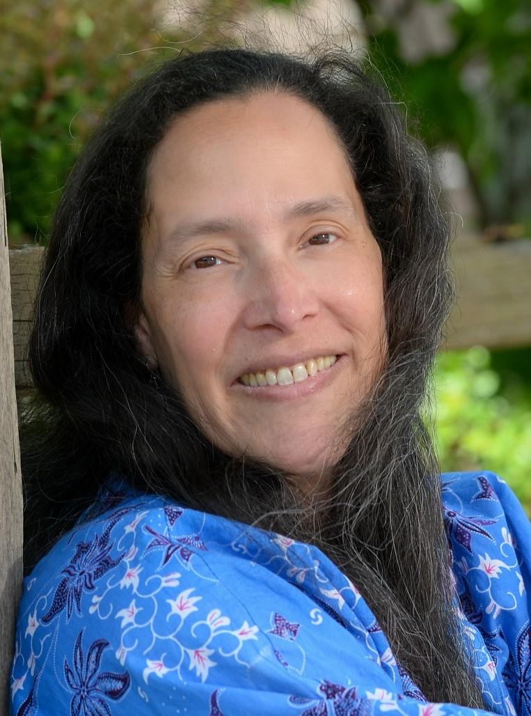 headshot of guest speaker Hilary Weaver