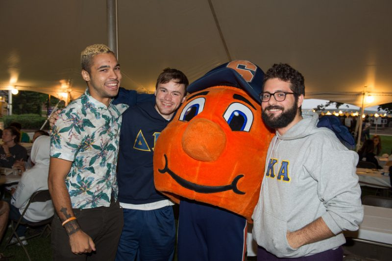 Students posing with Otto